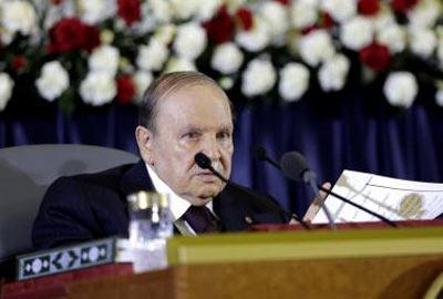 سعيد بوتفليقة: الرجل الذي حكم الجزائر من خلف الستار - BBC News Arabic